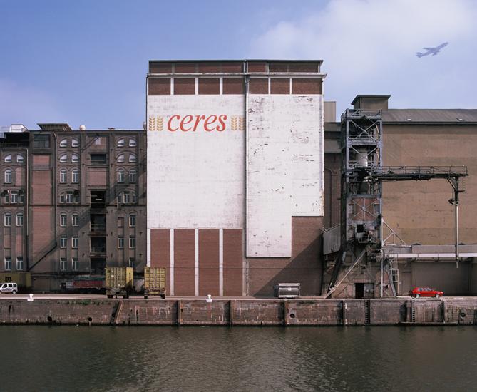 <font color=black>Foto-jaarproject Kaai</font> <br>  i.o.v. Cultuurcentrum Strombeek i.s.m. Luk Lambrecht