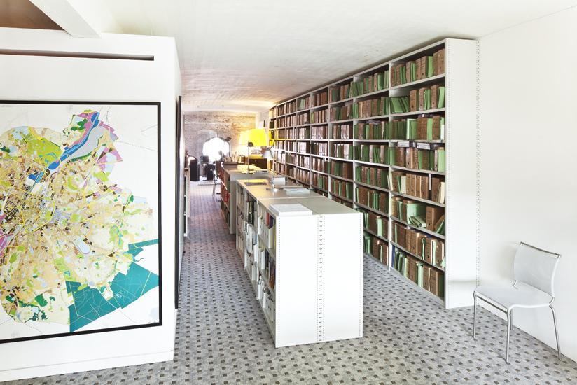 <font color=black>Tour et Taxis</font> <br>i.o.v Koninklijke Commissie voor Monumenten en Landschappen